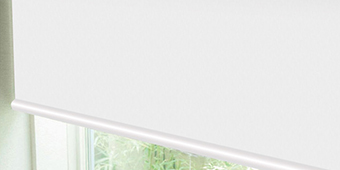 遮光1級・遮熱ロールスクリーン
